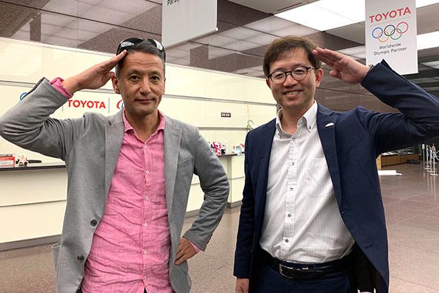 小沢コージ(左)とトヨタZEVファクトリー B&D Labグループ長の谷中壯弘氏(右)