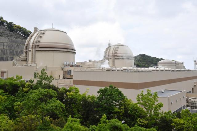 使用済み核燃料の問題はあるが、発電中はCO2を出さない原子力。経産省や与党の一部には、EVブームに乗っかって再稼働させたいという思惑は当然ある