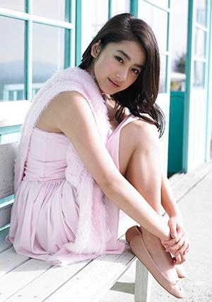 今年ラストを飾るヒロイン・平祐奈が愛らしすぎるグラビアで語った恋愛「今付き合っても生涯一緒にいれる可能性はないんで…」 - エンタメ - ニュース