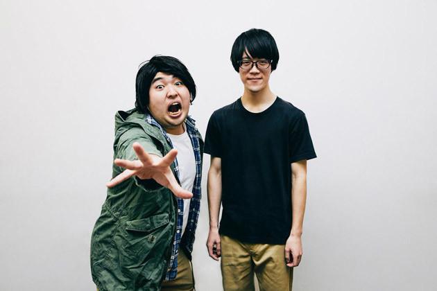YouTubeチャンネル登録者23万人のガーリィレコード。ボケの高井佳佑(左)とツッコミのフェニックス(右)