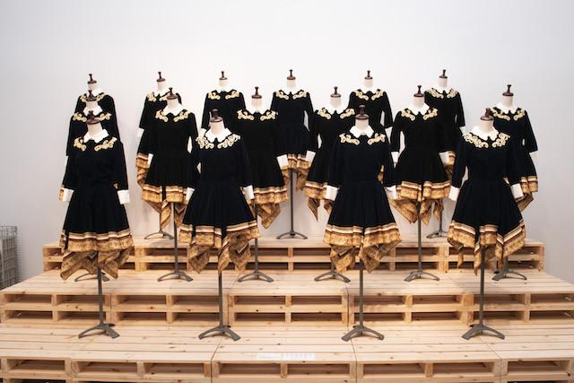 与田が語った、「2015 FNS歌謡祭」に出演した時の『今、話したい誰かがいる』の衣装