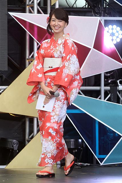 写真は和久田麻由子アナ。1988年11月25日生まれ、神奈川県出身。東京大学経済学部を2011年に卒業し、NHKに入局。岡山放送局を経て、現在は『NHKニュース おはよう日本』などを担当