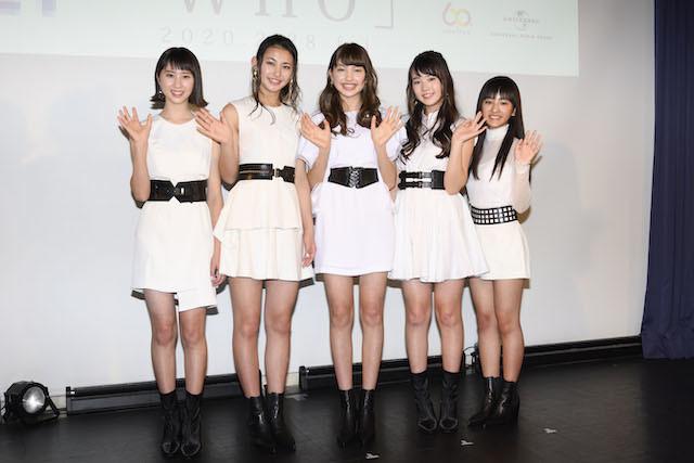 ガールズユニットとしてデビューする821(ハニー)。左からユリナ、カンナ、アオ、レイア、リコ