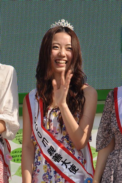 写真は「ミスソフィア2011」に輝いた当時のフジテレビ・内田嶺衣奈アナ。当時は芸能プロに所属し、女子大生タレントとして活動していた。現在は報道&スポーツキャスターとして活躍しており、人気ランキング入りの期待も高まる