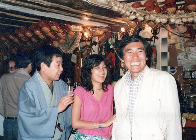 (左から)談志師匠、ゆみこ氏、JALの木村さん