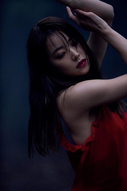 写真集『REBORN』より(撮影/ND CHOW)