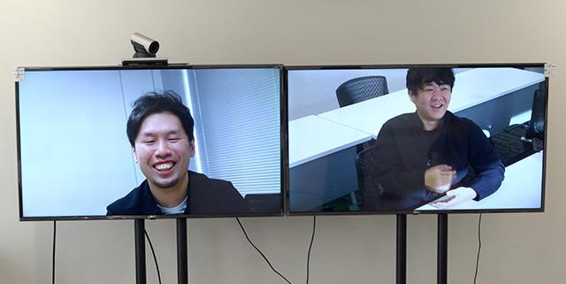 対談は『バイオ』の開発拠点がある大阪と東京の押切氏をつないで行なわれ、ホラーとゲームをこよなく愛するふたりの『バイオ』トークは大いに盛り上がった