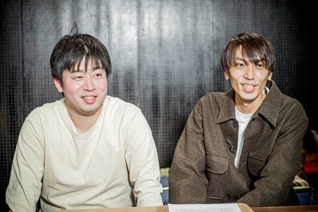 シュビシャビレの渡辺直人(左)、藤井萌人