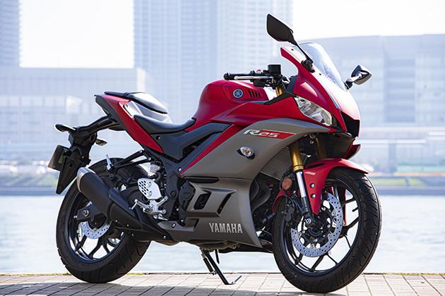 YAMAHA YZF−R25 価格:61万500円〜65万4500円