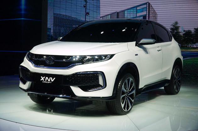 ホンダ EV「X−NV CONCEPT」 中国市場に初めて投入する量産型EVの試作モデル。ベース車はヴェゼルだ