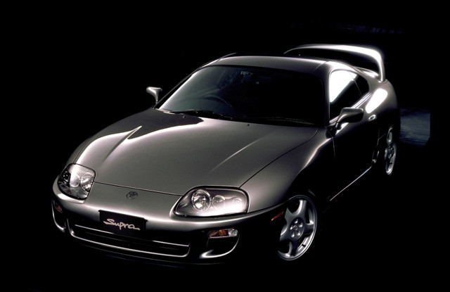 【3位】トヨタ「スープラ」(平成5年〜平成14年) 中古価格は250万円前後。ターボモデルの個体はチューニングモデルが多い。新型登場で今後、どこまで値崩れするか注目