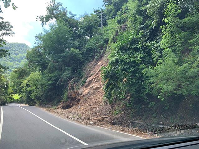 スンギギには地震被害が未だたくさん残っている