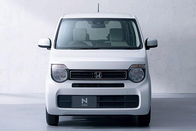 ホンダ・新型N‐WGN。2017年に登場した2代目「N-BOX」、昨年登場した「N-VAN」に続く、ホンダ次世代軽乗用車の第3弾となるのが「N-WGN」