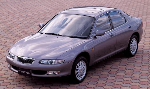 【3位】マツダ「ユーノス500」 1992年から1996年にマツダのユーノスチャンネルで販売された