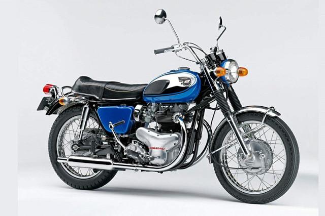 カワサキ「W1」。初代「W1」は1966年に発売。当時としては最大排気量の624㏄。独特な音に世の男は悶絶