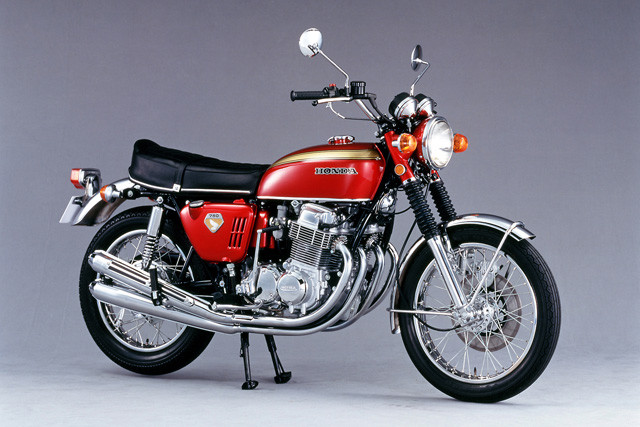 ホンダ「DREAM CB750 FOUR」。1969年にCBシリーズのフラグシップモデル的な位置づけで発売された。世界中にナナハンブームを巻き起こす