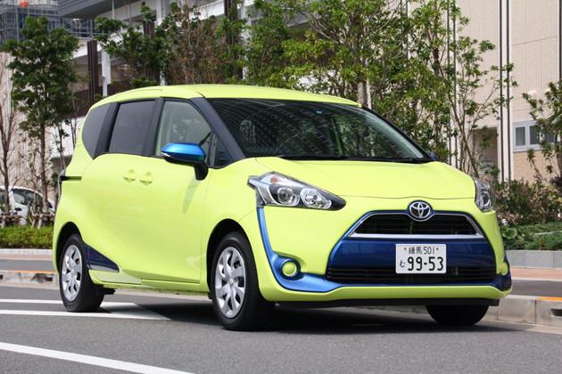 トヨタ シエンタ 15年デビュー。今年6月の一部改良で完熟。値引きも引き締められ8万円前後となっている。価格は180万9500円~258万円