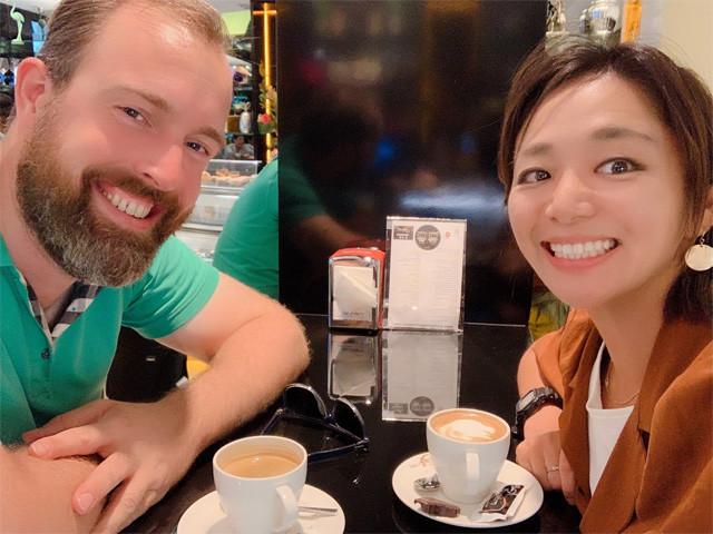 オランダ人のギルバートとカフェで休憩