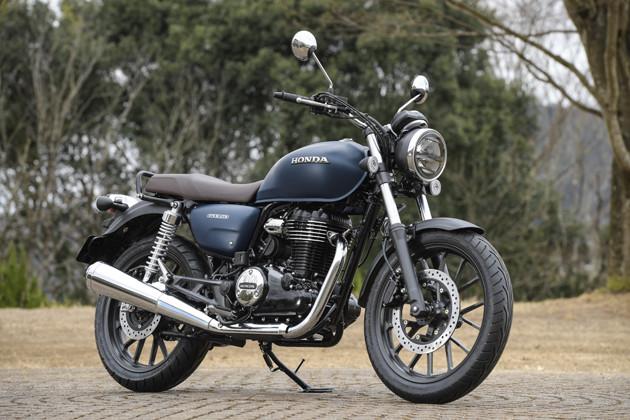 ホンダGB350 価格予想:50万円前後 発売予想:3月下旬 3月末とされる正式発表の前なので詳細は不明だが、単気筒エンジン好きにはタマらない新型だ
