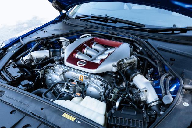 エンジン出力は熟成に熟成を重ね、デビュー時は480馬力だったが、現在570馬力までアップ!