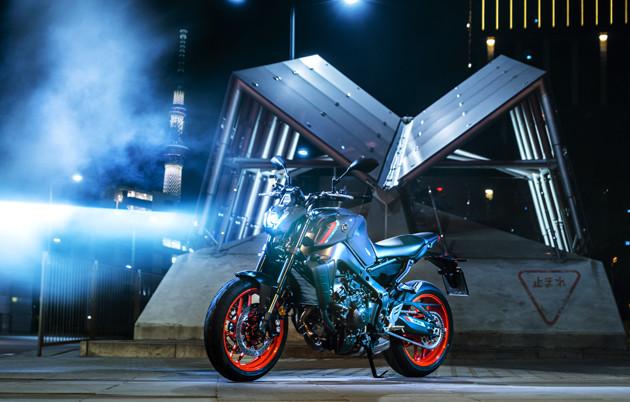 【第4位】ヤマハ MT-09 5月発売予定 価格:未発表 3代目となる新型は、フルモデルチェンジですべてを刷新。すでに欧州では先行発表されている。この強烈なスタイリングに男がたぎりまくる