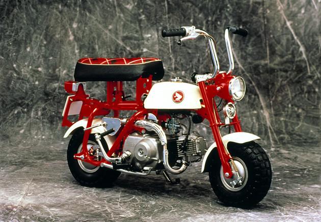 Z50M(1967年) 輸出モデル誕生から4年後に国内モデルが登場。クルマに積めるバイクとして注目を集めた