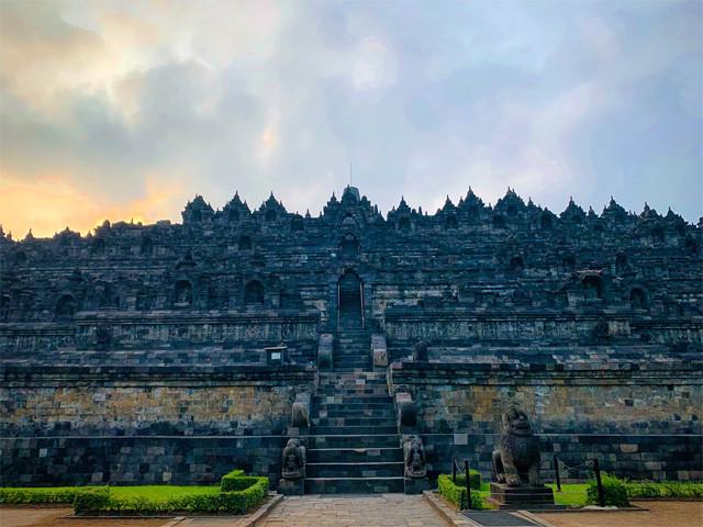 世界遺産「ボロブドゥール寺院遺跡群」