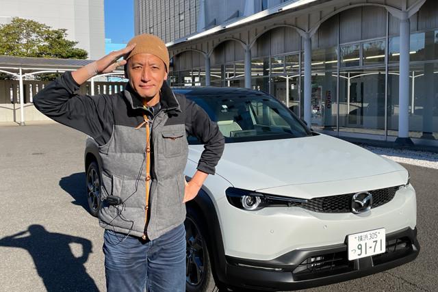 今回の試乗は横浜で行なった。一般道、高速道路をオザワがコッテリ試乗。発進はしびれるほど超静か&滑らか