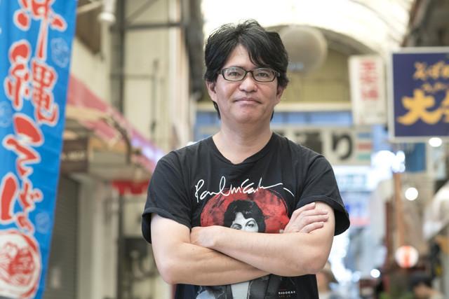 「沖縄の基地問題をめぐって日本政府と沖縄の間で起こっていることは、共感力の欠如がもたらすことの『恐ろしさ』を象徴している」と語る新城和博氏
