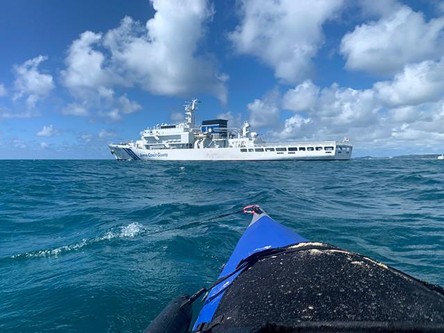 シーカヤックから巡視船「みやこ」を撮影