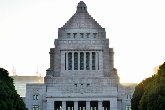 内閣、国会、裁判所の三権がバランスを取り、牽制し合うのが「三権分立」だが、今の日本はすでに内閣の独走状態?