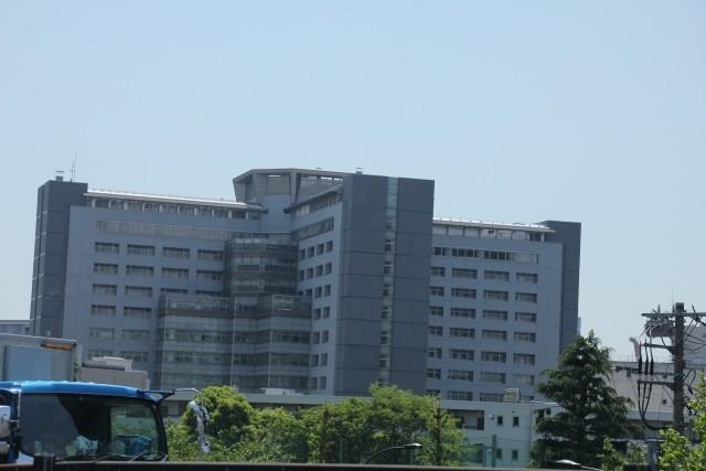 遺体の引き渡しをめぐる東京拘置所の対応は不可解そのもの。松本元死刑囚の遺骨は当面、拘置所が保管するというが...