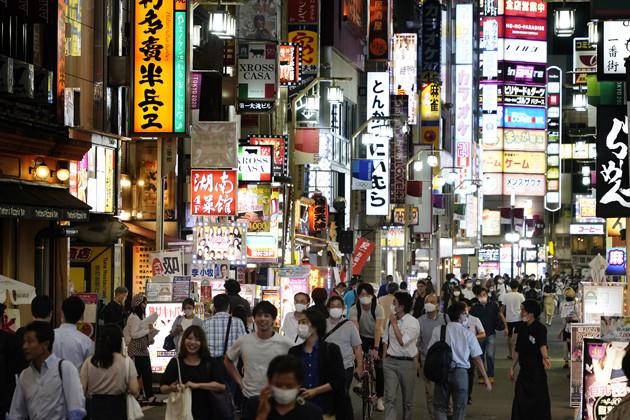 シルバーウイークの新宿・歌舞伎町の様子。一時は閑散としていた街に人通りも戻ってきた