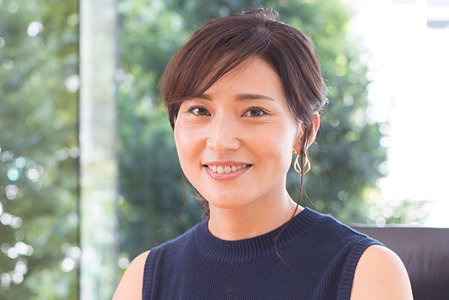 「『週刊誌に載る』と報告を受けたのがなんと、出産した当日。彼の口から詳細を聞いた私の最初の感想としては、『なんだ、女性関係か』という安堵でした」と語る金子恵美氏