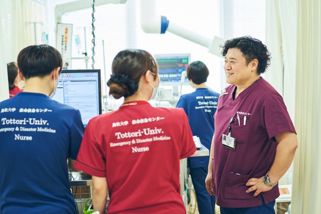 2020年4月から上田は鳥取県米子市にある鳥取大学医学部附属病院に入局。救命救急センターの教授として、地域医療の活性化に尽力している